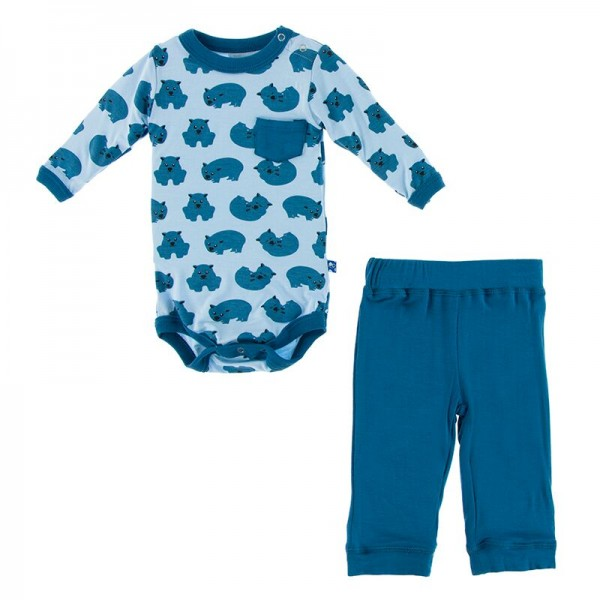 Print Long Sleeve Pocket One Piece and Pants Outfit Set in Pond Wombat