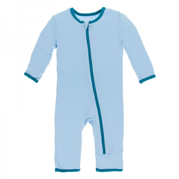 Solid Coverall with Zipper in Pond with Seagrass
